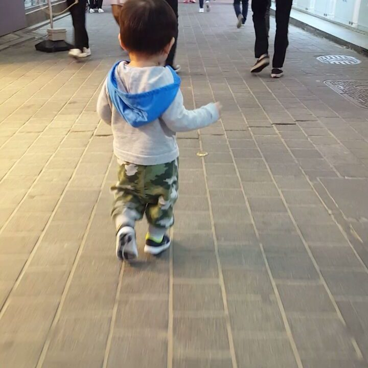Keeping up with Baby Z in Myeong-dong