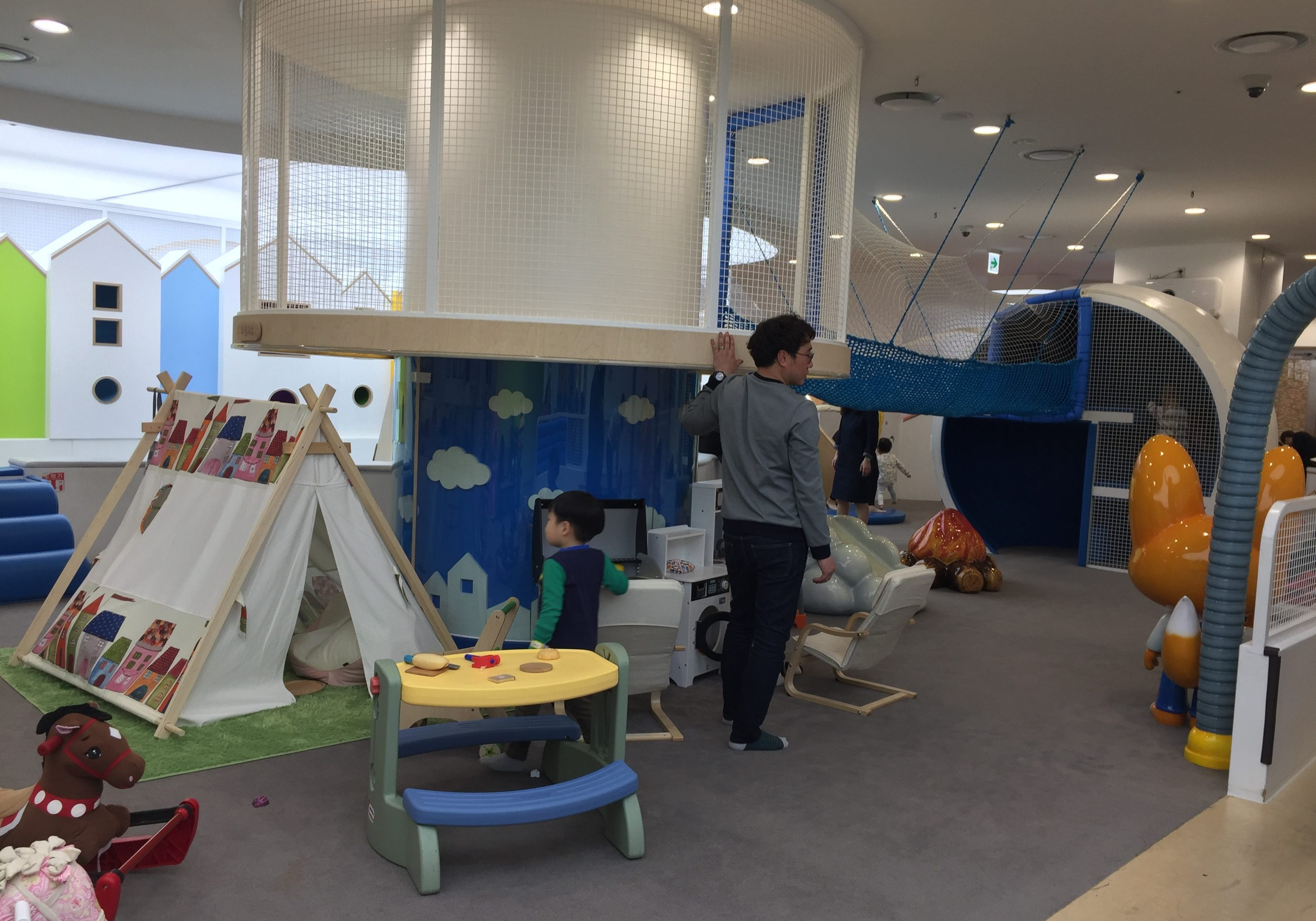 Pororo lounge kids cafe Seoul